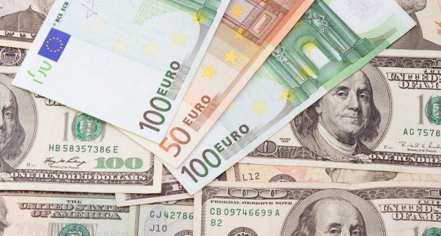 L'euro perde quota contro il dollaro con l'emergenza Coronavirus. La discesa verso la parità o fin sotto di essa non è da escludersi se la pandemia dovesse riservare brutte sorprese.