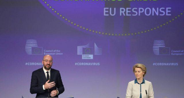 Crisi dell'Eurozona sul tavolo dei capi di stato e di governo domani, mentre oggi arriva l'attesa sentenza della Corte di Karlsruhe in Germania. Intanto, la BCE svolge il lavoro della politica per preservare la moneta unica.