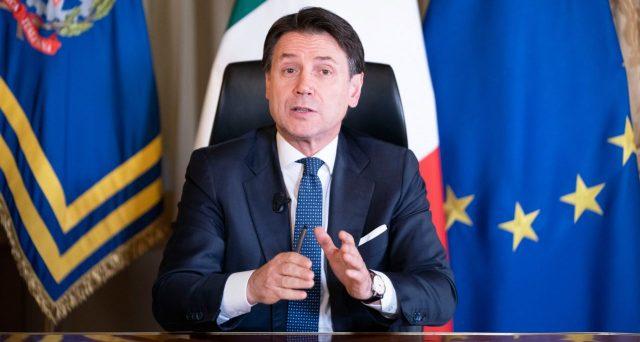 L'accordo in UE sulle misure anti-crisi si allontana. Le posizioni del Nord Europa diventano più rigide e ieri dalla Germania è arrivata una sentenza negativa per il debito pubblico italiano.