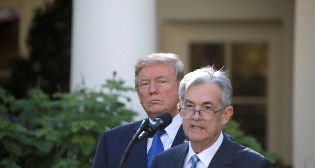 Tagliare i tassi sottozero o aumentare gli stimoli fiscali? L'America è divisa sull'opportunità di seguire le mosse di Giappone ed Europa, i cui risultati si mostrano assai dubbi.