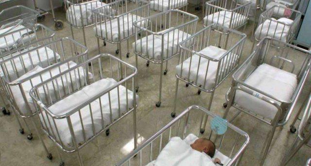 Coronavirus, le conseguenze sul tasso di fertilità e l'economia italiana