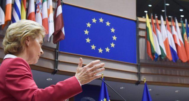 Il Fondo per la Ripresa non offrirà aiuti prima dell'anno prossimo, sempre che veda mai la luce. Eppure, questa farsa a Bruxelles è voluta da tutti. Vediamo come stanno le cose.