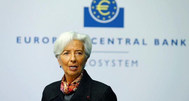 Le previsioni del governatore Christine Lagarde sull'impatto che il Coronavirus avrà sui prezzi nel medio e lungo termine servono a capire come e quando si muoverà con stimoli e tassi.