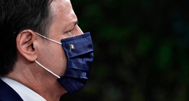 Il premier olandese Mark Rutte pretende il diritto di veto anche di un solo governo per bloccare le erogazioni del Fondo per la ripresa. E per l'Italia i veri guai iniziano adesso.