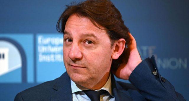 La caccia ai 5 parlamentari che hanno fatto richiesta e ottenuto il sussidio di 600 euro durante il