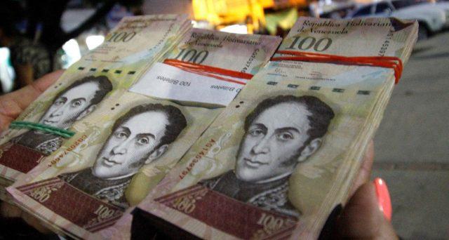 Il Venezuela ha finito la carta per stampare i bolivares