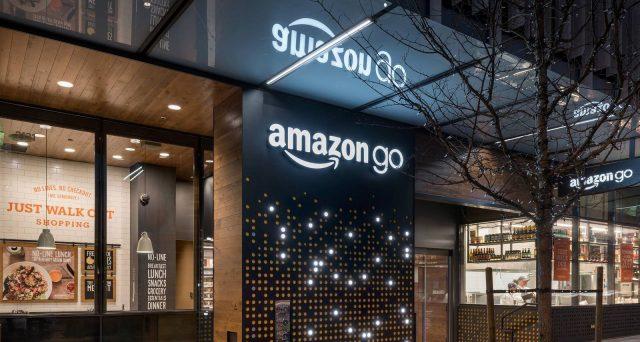 La Francia boicotta Amazon a Natale