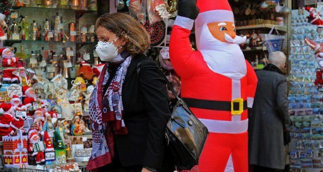Mini lockdown a Natale: Italia zona rossa e chiusure nei festivi e prefestivi
