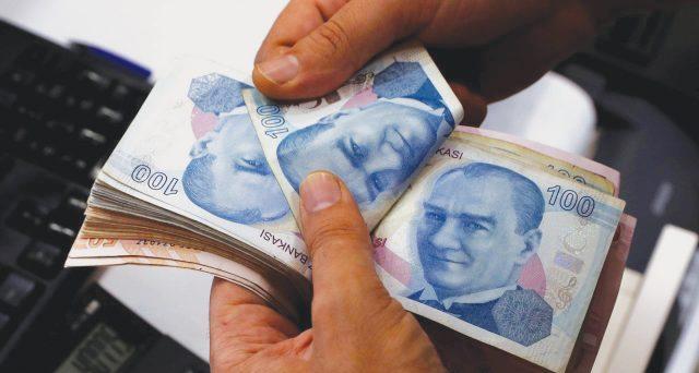 La lira si riprende a colpi di tassi
