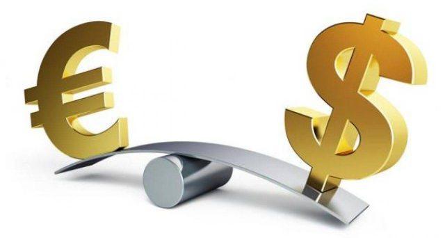Cambio euro-dollaro al top da 33 mesi