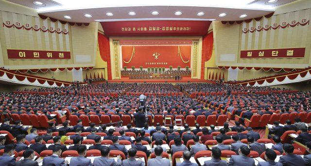 Kim Jong Un ammette il fallimento sull'economia