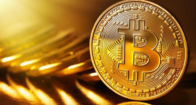 quanti anni ha bitcoin