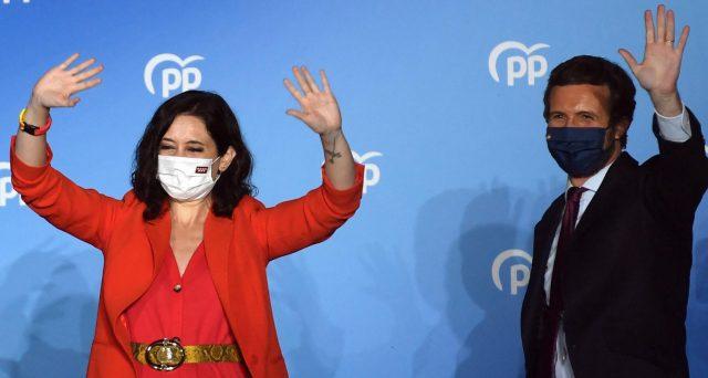 Alle elezioni a Madrid stravince la destra anti-lockdown