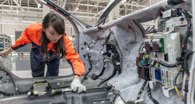 I prezzi alla produzione dell'industria cinese sono aumentati perché trainati dall'incremento dei prezzi delle materie prime.