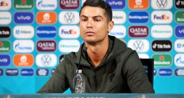 Cristiano Ronaldo e il caso Coca Cola