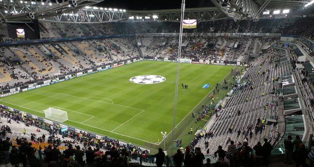 Tifosi allo stadio con limitazioni