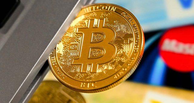 Bitcoin sopra 50.000 dollari