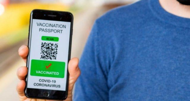 Operazione della Polizia di Stato contro la vendita di green pass falsi