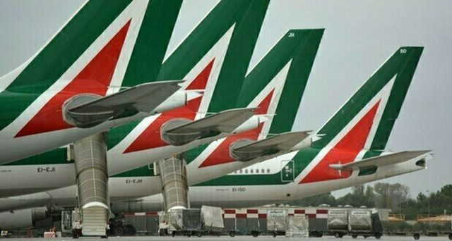 Alitalia e il prestito-ponte bocciato dall'Europa