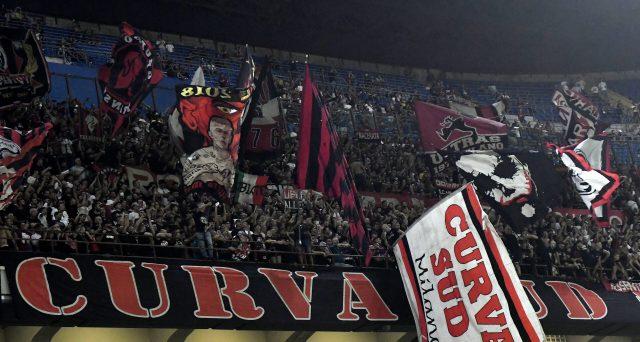 Biglietti al Siro una botta per i tifosi del Milan