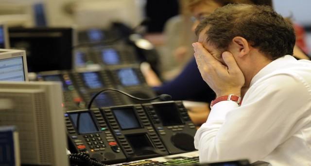 E' fuga dalle banche tra gli investitori italiani e anche Poste Italiane oggi