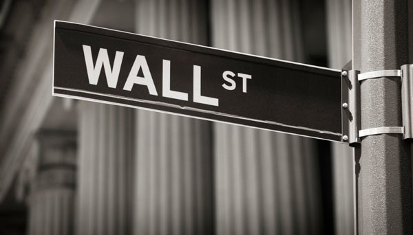 Wall Street attendista in vista dell'importante appuntamento di politica monetaria in agenda mercoledì