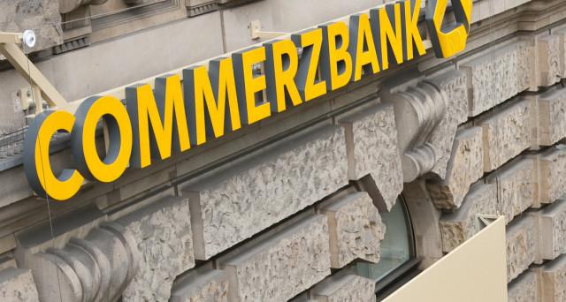 Il titolo Commerzbank dall'inizio dell'anno ha perso il 34% sull'indice Dax di Francoforte