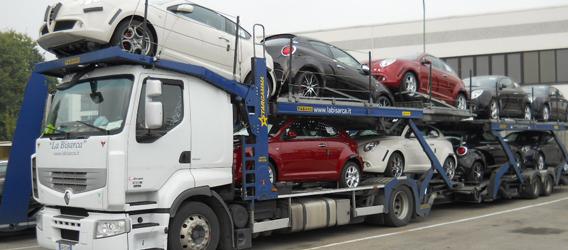Bene le vendite di auto del gruppo FCA in Europa. Gli analisti rivedono al rialzo i target price del titolo in borsa