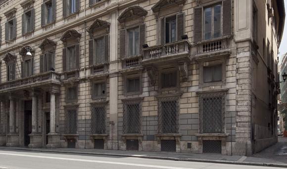 Unicredit ha siglato un accordo preliminare con Kryalos Sgr per cedere lo storico palazzo Mancini a Roma