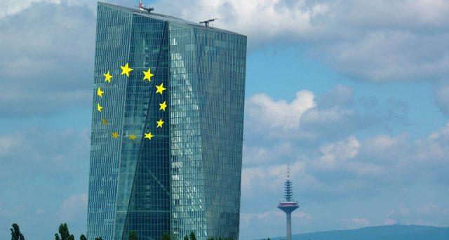 Nella conferenza tenutasi questa mattina a Francoforte il presidente della BCE ha dichiarato che se le prospettive dell'economia peggiorassero la BCE sarebbe pronta a reagire.
