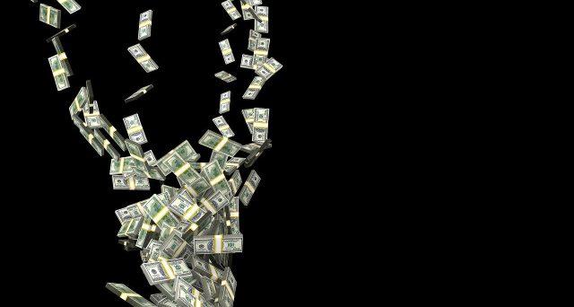 Secondo Raul Pal, ex gestore di Hedge Fund Goldman Sachs che predisse la crisi 2007-2009, un nuovo segnale di ribasso potrebbe scattare sui mercati. La causa secondo il Manager? Il Super Dollaro!