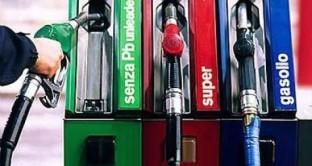 Quanto hanno versato gli italiani in 48 anni di accise sui carburanti?