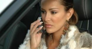 Si può fare ricorso per la contravvenzione avente ad oggetto l'uso del telefonino al volante?