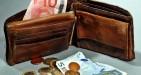 Ricompensa: quanto spetta se si restituiscono portafogli, denaro o preziosi trovati?