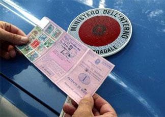 Come controllare il saldo punti della patente per telefono?