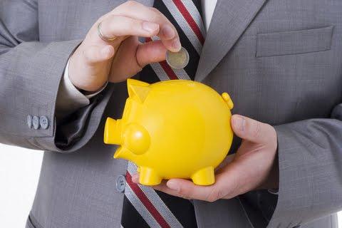 Ecco alcuni metodi per risparmiare sulle spese di tutti i giorni che ogni famiglia affronta.