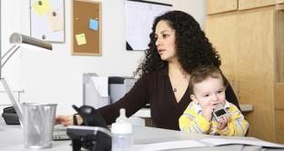 Anche per i datori di lavoro che decidono di assumere donne disoccupate sono previsti sgravi e incentivi, vediamo nel dettaglio quali e come sono cambiati nel corso degli anni.
