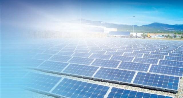 In due documenti diversi, l'Agenzia delle Entrate chiarisce che la cessioni di crediti da fotovoltaico sono esenti da imposte di registro e di bollo e che, nel caso di enti pubblici, l'energia prodotta in più, ma fino a 20 kw non è un'operazione commerciale e non si richiede l'Iva