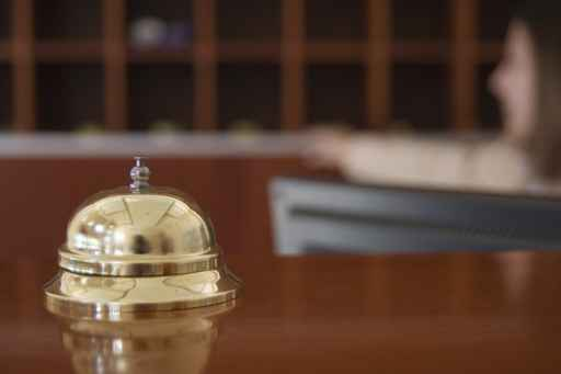 E non il gestore dell'albergo. Così afferma il Tribunale amministrativo regionale del Veneto con una sentenza del maggio scorso