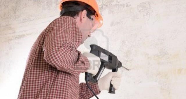 Iva 10% per interventi di ristrutturazione edilizie. Nonostante le novità del decreto sviluppo 2012, l'Iva al 10% non viene toccata