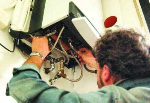 Detrazione 55% viene concessa anche per sostituire impianti di climatizzazione invernale con caldaie a condensazione. Tetto massimo spesa di 30mila euro