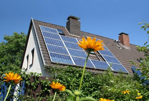 Detrazioni fiscali sotto la tagliola del Fisco con la legge di stabilità 2013, tranne quelle per interventi di ristrutturazione edilizia e risparmio energetico