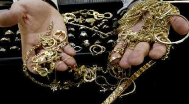 In discussione la regolamentazione delle attività dei  compro oro, mentre una maxi operazione delle Fiamme Gialle porta  a galla 163 milioni di beni