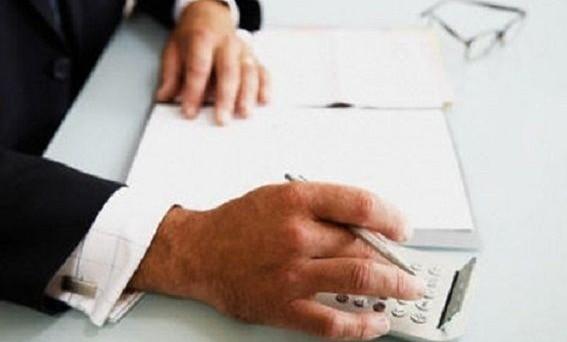 Detrazioni figli a carico ritoccate al rialzo secondo le ultime modifiche alla legge di stabilità 2013. Domani saranno discussi gli emendamenti
