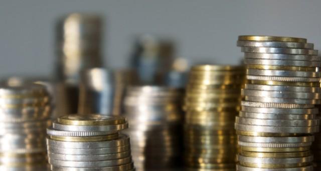 Aumenti spropositati per la nuova tassa sui rifiuti, Tares, che arriva il prossimo anno. Lo studio condotto da Confcommercio