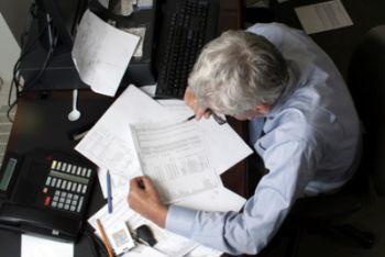 Divieto di licenziamento per il lavoratore che, raggiunta l'età pensionabile, sceglie di lavorare fino a 70 anni, ma solo nelle aziende con piu' di 15 dipendenti