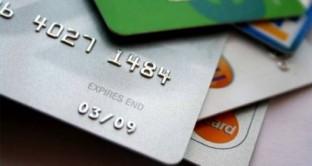 Scade oggi, 31 gennaio 2013, il termine per gli operatori finanziari per inviare all'Anagrafe tributaria le comunicazioni sulle operazioni rilevanti ai fini Iva superiori a 3.600 euro, il cd spesometro