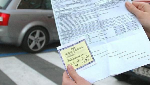 contratto assicuraizone auto