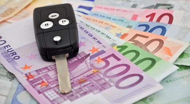 Contributi per l'acquisto di auto verdi, elettriche, a metano o Gpl, pari al 20% del prezzo di vendita. Corsa al bonus dal 14 marzo prossimo