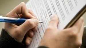 Sospensione cartella esattoriale e sospensione accertamenti esecutivi sempre su istanza scritta del contribuente interessato. La precisazione dell'Agenzia delle entrate